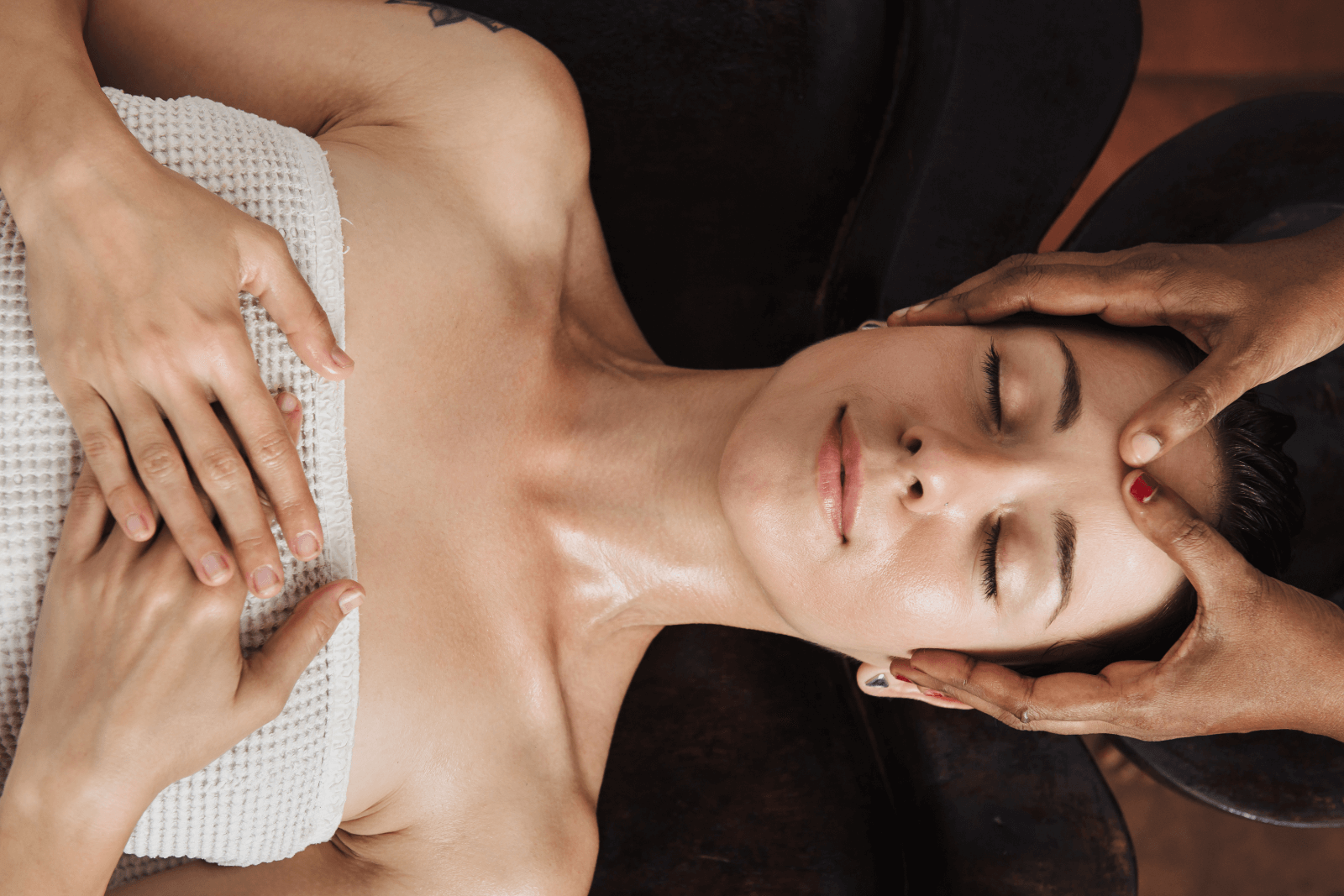 Make Regular Massages Your New Year's Resolution